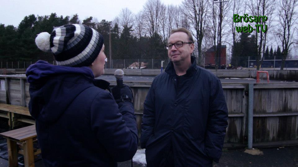 Tre kronors förbundskapten, Pär Mårts, gästade Brösarp för att betona vikten av konstfruset och de möjligheter det skulle skapa.