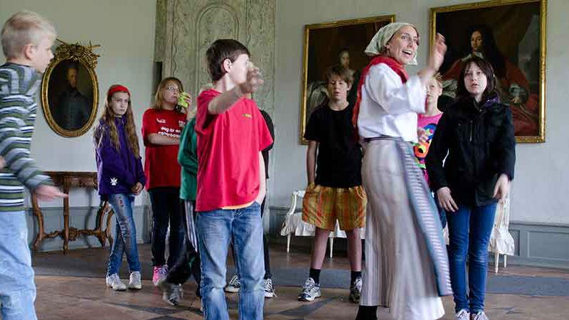På Christinehofs slott kan du leva dig in i kulturhistorien genom en rad olika evenemang. Foto: Petter Gustafsson/Christinehofs Ekopark