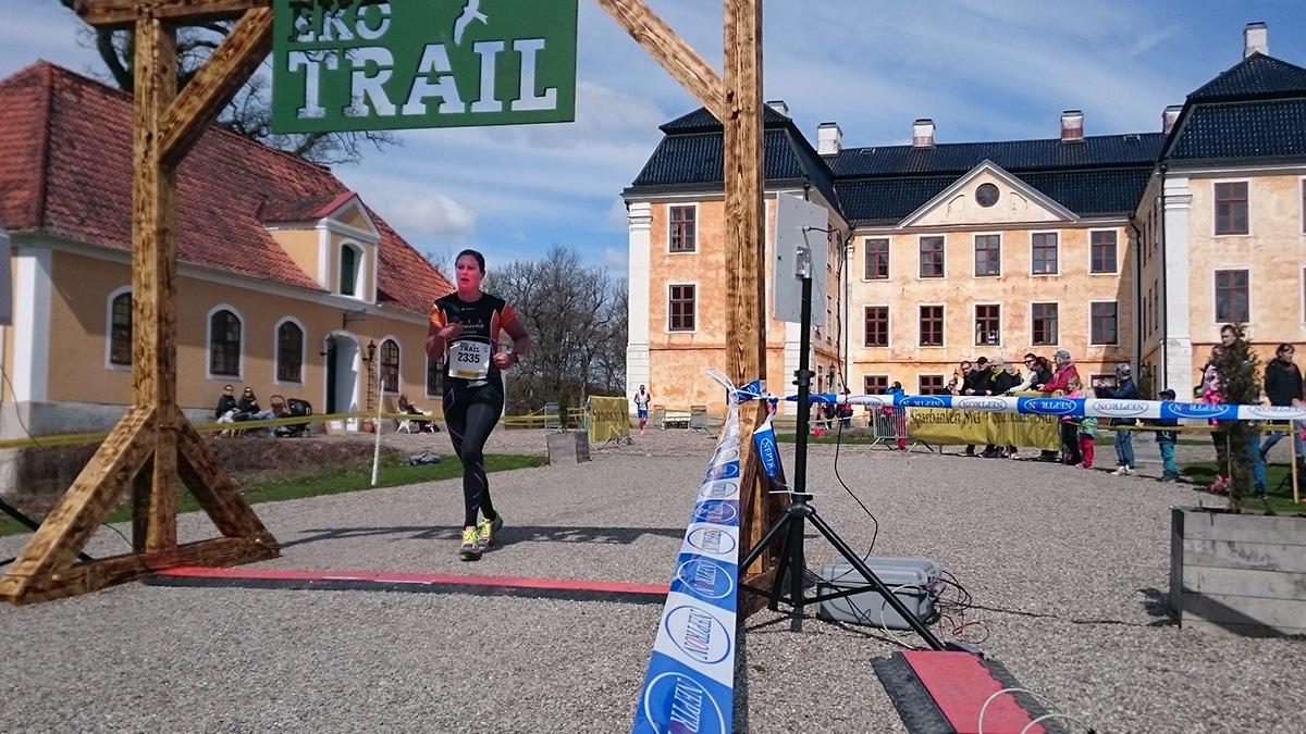 Caroline Lindqvist från Team Blekinge når målet efter 12 km på bronstiden 1.08.53 (tim/min/sek). Foto: Fabian Rimfors