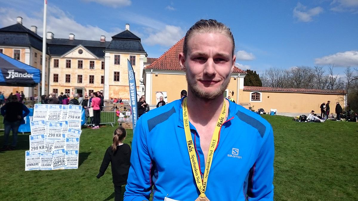 """Jakob Ekelund från Malmö vann 21 km: """"Grymt skön natur att springa i. Mentalt blir det en lätt terräng när det är så vacker natur""""."""