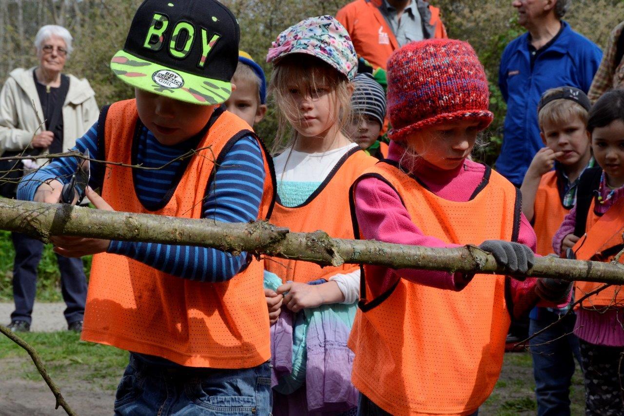 Barnen från Brösarps I Ur och Skur-förskola fick äran att