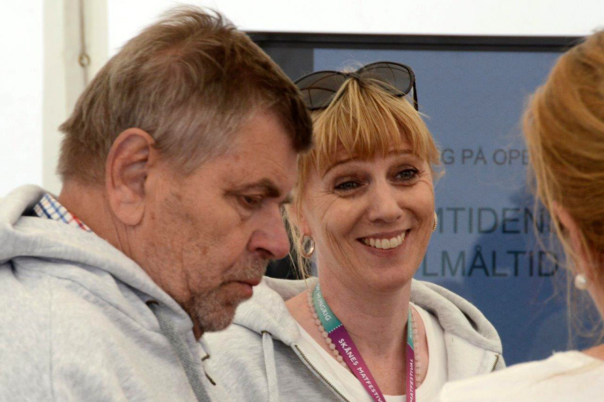 Initiativtagare Anders Cederberg med festivalgeneral Lotta Ranert. Foto: Hanseric Jonsgården
