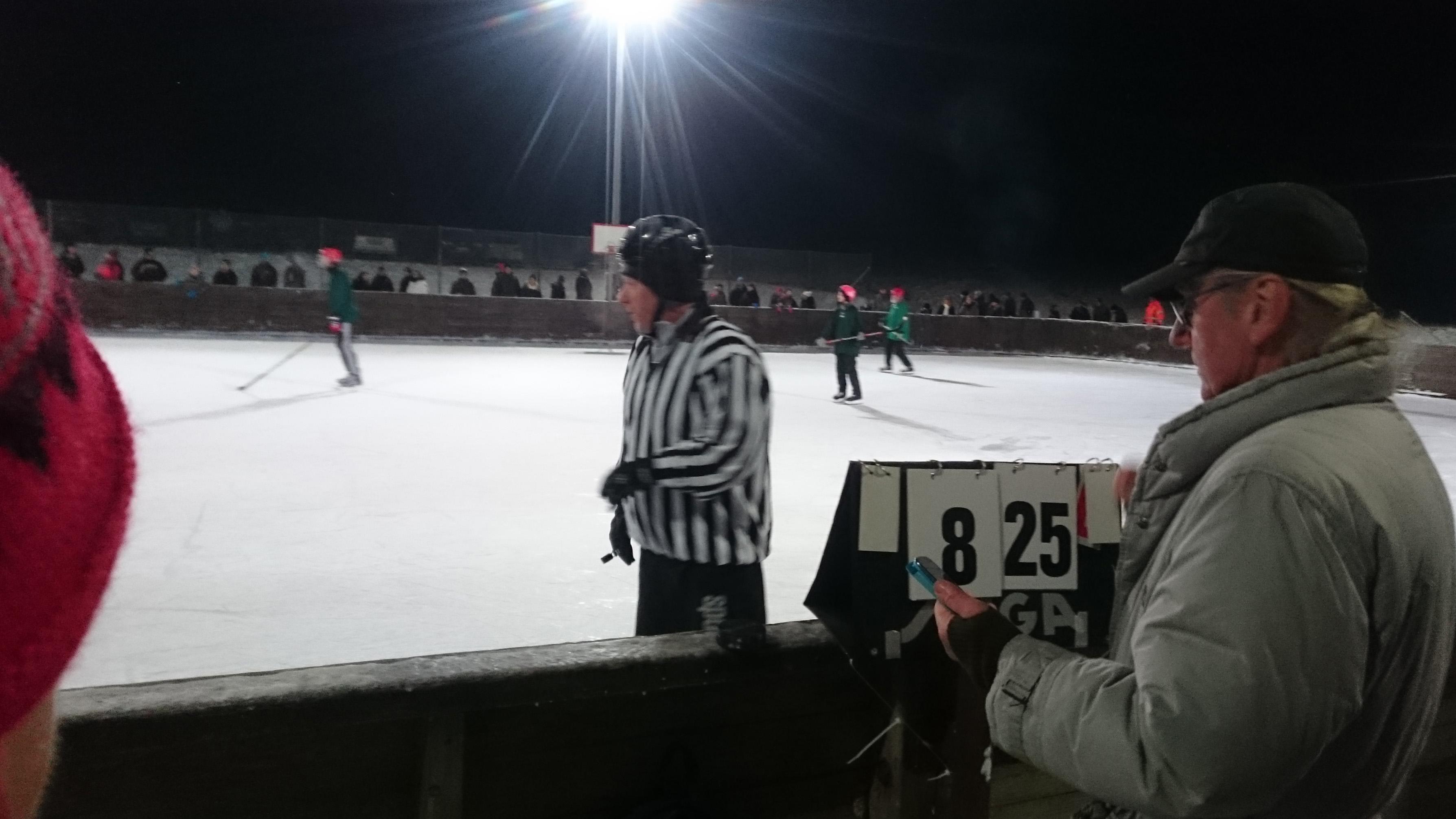 Hockeyderbyt mellan Brösarp och Maglehem slutade med en förkrossande hemmaseger för Brösarp, 25-8.