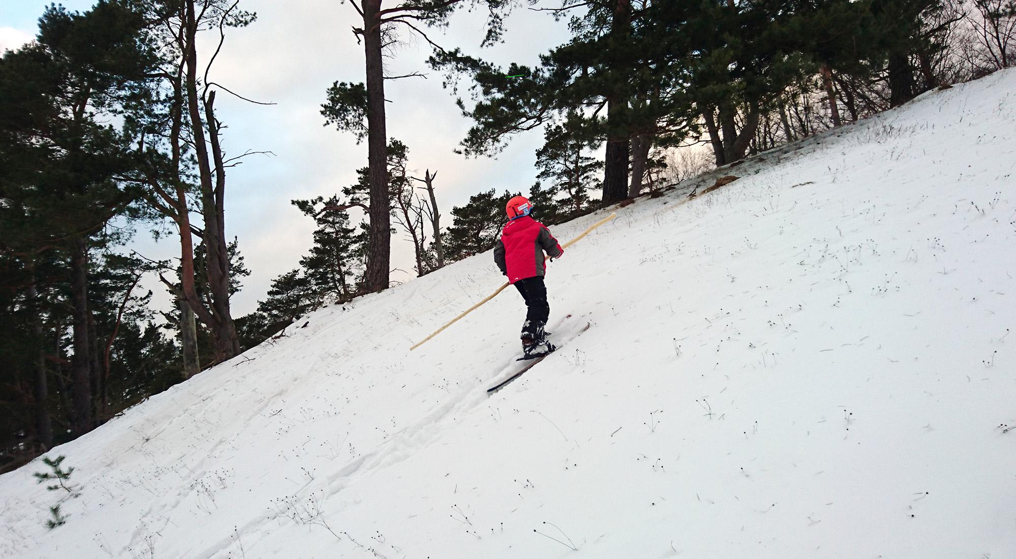Med rätt skidor i Brösarp klättrar man enkelt uppför vilken brant som helst.